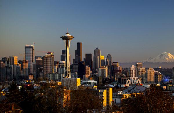 Seattle Weekend Getaway for Couple