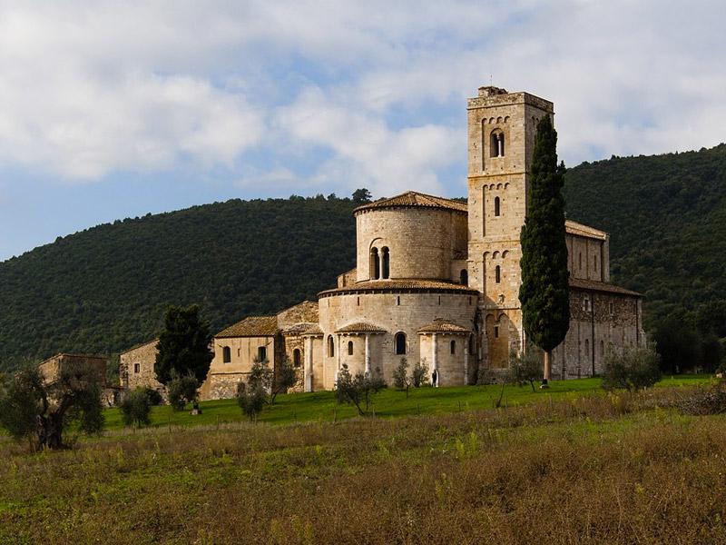 Tuscany Romantic Getaway in Europe for Honeymoon