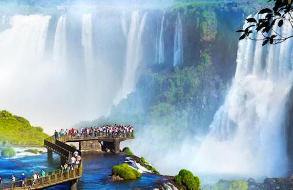 Best Places to Visit in Iguazu Falls
