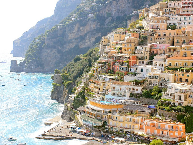 Visit the Most Winsome Sorrento in Amalfi Coast, Italy