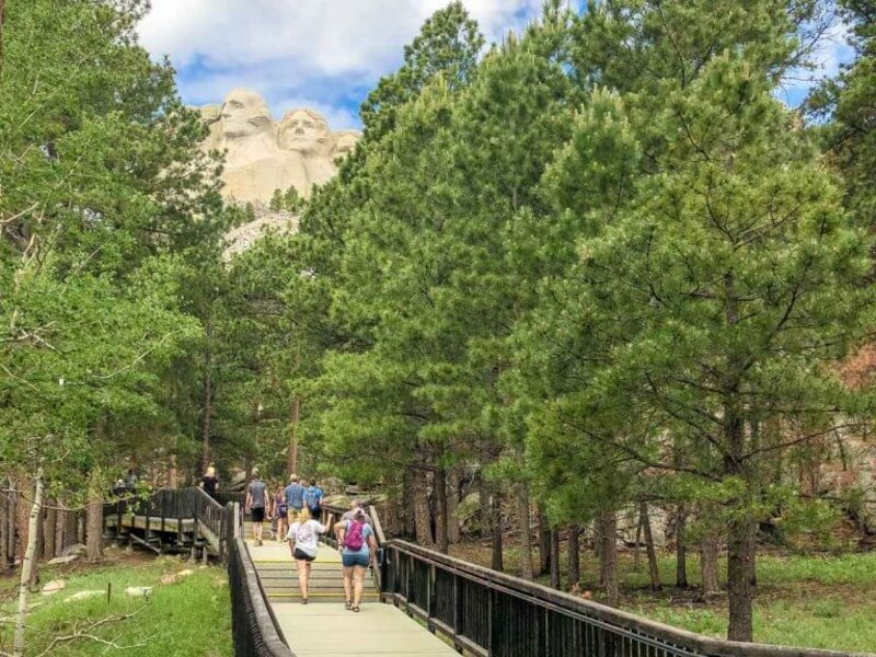 Walk the Presidential Trail, Mount Rushmore